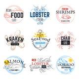 Логотипы эскиза морепродуктов Ярлыки винтажной руки вычерченные морские, кальмар тунца семг и дизайн эмблемы осьминога Еда океана иллюстрация штока
