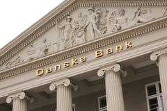 Логотип банка Danske на стене штабов Банк Danske самый большой банк в Дании и главный розничный банк в Северн Северном стоковые изображения