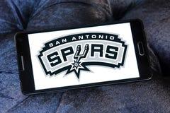 Логотип баскетбольной команды Сан-Антонио Сперс американский Стоковые Фотографии RF