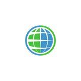 Логотип глобуса экологичности, зеленый график технологии поет, символ техника идеи естественный Стоковая Фотография RF