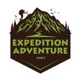 Логотип для располагаясь лагерем приключения, эмблем, и значков горы Лагерь в шаблоне элементов дизайна иллюстрации вектора леса иллюстрация вектора