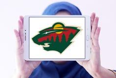 Логотип команды хоккея на льде Минесоты одичалый стоковые фото