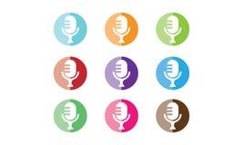 Логотип микрофона бесплатная иллюстрация