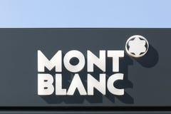 Логотип Монблана на стене стоковая фотография