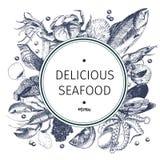 Логотип морепродуктов вектора нарисованный рукой Омар, семга, краб, креветка, ocotpus, кальмар, clams Выгравированное искусство в Стоковые Изображения