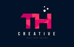 Логотип письма TH t h с фиолетовой низкой поли розовой концепцией треугольников Стоковые Изображения RF