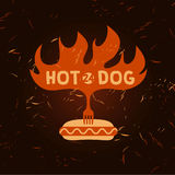 Логотип хот-дога Логотип вектора для фаст-фуда иллюстрация Стоковая Фотография RF