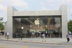 Логотип Яблока на магазине Яблока Lincoln Park, Чикаго Стоковые Изображения