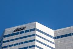 Логотип AON перед их heaquarters для Квебека AON риск, здоровье и советовать с выхода на пенсию стоковое фото