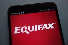 Логотип Equifax на смартфоне стоковая фотография rf