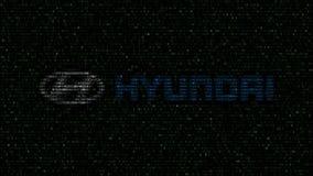 Логотип Hyundai Мотора Компании сделанный проблескивая шестнадцатиричных символов на экране компьютера Редакционный перевод 3D сток-видео