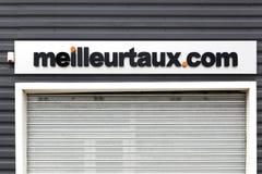 Логотип Meilleurtaux на стене стоковые фотографии rf