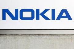 Логотип Nokia на стене Стоковая Фотография