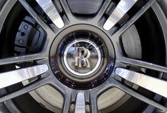 Логотип Rools Royce на колесах стоковые изображения