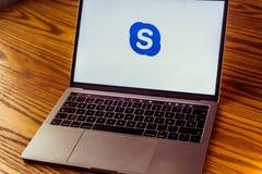 Логотип Skype на экране компьютера Стоковые Фото