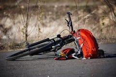 Лож велосипеда и оборудования велосипеда на дороге Стоковая Фотография RF