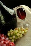 лоза виноградин бутылочного стекла Стоковое Изображение