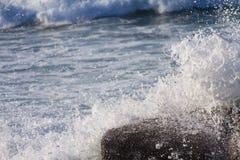 Ломать волны Стоковое Изображение