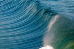 ломая волна Стоковые Изображения