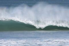 ломая волна Стоковая Фотография