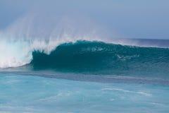 ломая волны Стоковые Изображения