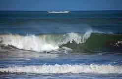 ломая волны стоковое фото rf
