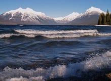 ломая волны Стоковые Фотографии RF