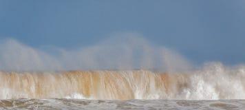 Ломая волна 04 Стоковая Фотография