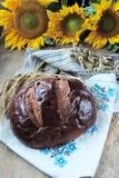 Ломоть хлеба и пшеница ушей Стоковая Фотография