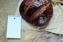 Ломоть хлеба и пшеница ушей Стоковые Изображения RF