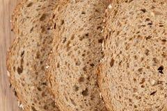 ломтики хлеба коричневые Стоковое Фото