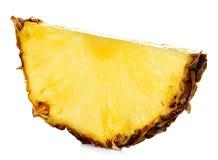 Ломтик ананаса изолированный на белизне Стоковое фото RF