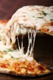 ломтик пиццы Стоковые Фотографии RF