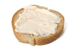 ломтик сливк сыра хлеба Стоковая Фотография RF