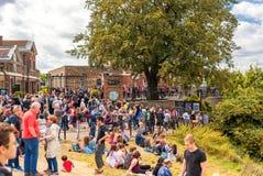 ЛОНДОН, АНГЛИЯ - 21-ОЕ АВГУСТА 2016: Tombmarker Edmond Halley, шарика времени, купола телескопа 38-Inch в парке Гринвича, Лондоне Стоковое Изображение