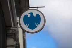 Лондон, Большой Лондон, Великобритания, 7-ое февраля 2018, знак и логотип для банка Barclays стоковое изображение rf