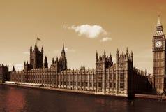 Лондон, Великобритания - дворец домов Вестминстера Parlia Стоковые Фотографии RF