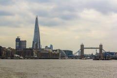 Лондон, Великобритания 12-ое апреля 2019 Мост башни Черепок стоковые изображения