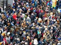 ЛОНДОН, ВЕЛИКОБРИТАНИЯ - 14-ОЕ ФЕВРАЛЯ 2016: Толпа на китайский Новый Год 2016 Стоковые Изображения