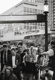 Лондон выравнивая стандартное распределение прессы к людям королевскому Weddi Стоковое Изображение
