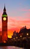 Лондон. Башня с часами большого Бен. Стоковые Изображения RF