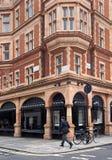 Лондон, здание стиля барокко коммерчески в Mayfair Стоковое фото RF
