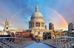 Лондон - St Paiul собора, Великобритания стоковые изображения