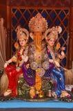 Лорд Ganesha с Rddhi и Siddhi, доверием Nagnathpar Sarvajanik Ganapati Mandal, Пуной, махарастрой, Индией стоковые изображения
