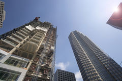 ЛОС-АНДЖЕЛЕС, CA, конструкция 2-ое июня 1015 гремя в городском ЛА стоковые изображения rf