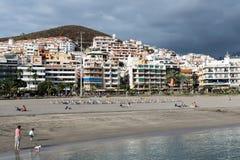 ЛОС CHRISTIANOS, TENERIFE/SPAIN - 19-ОЕ ЯНВАРЯ 2015: Взгляд Лос Стоковое Фото