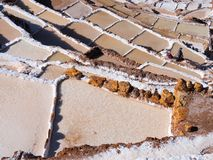 Лотки Salineras de Maras соли, Перу стоковые изображения rf