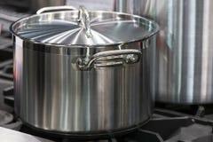 Лоток нержавеющей стали металла Стоковая Фотография RF