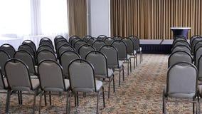 Лоток снятый пустого конференц-зала гостиницы в Burnaby ДО РОЖДЕСТВА ХРИСТОВА Канаде видеоматериал
