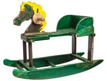 Лошадь стародедовской игрушки тряся изолированная на белизне стоковые изображения rf